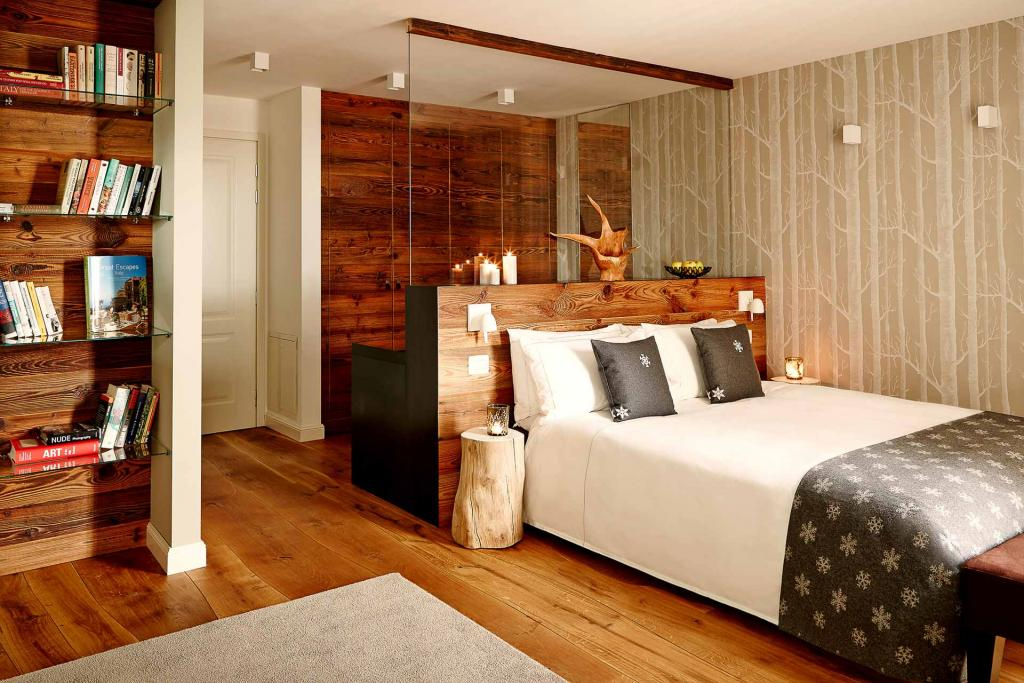 Une chambre Grand Deluxe à l'hôtel Montana.
