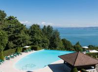 10 des plus beaux hôtels en bord de lac, en France et en Europe