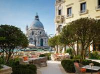 The St. Regis Venice, un palace avec jardin sur le Grand Canal