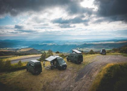La promesse de vacances au goût de liberté avec Nomadism, «L'Orient Express» du van