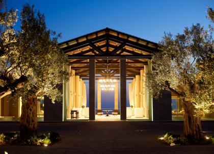The Romanos, destination grecque luxueuse entre golf, plages de rêves et champs d'oliviers