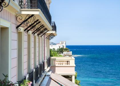 Au Royal Riviera (Saint-Jean-Cap-Ferrat), le luxe intemporel de la Côte d'Azur