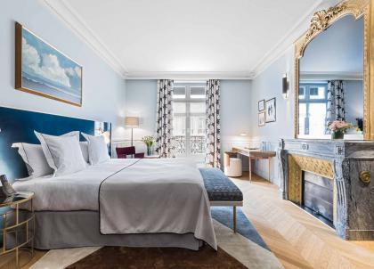 Paris: les plus beaux hôtels des Champs-Élysées