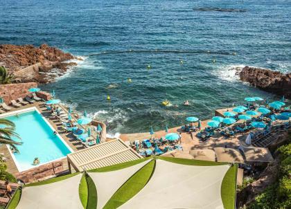 Côte d'Azur : Tiara Miramar, un balcon sur la Méditerranée à Théoule-sur-Mer