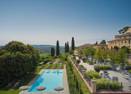 COMO Castello Del Nero, une retraite contemporaine en Toscane