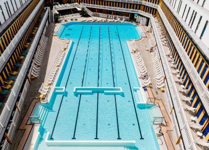 Paris : les plus belles piscines d'hôtels de la ville pour l'été