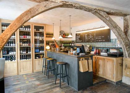 Paris : les 10 meilleurs bars à vins naturels (et caves à manger)