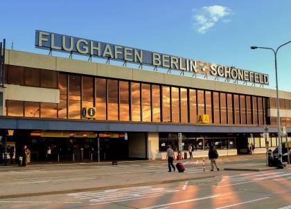 Planifiez votre voyage privé en charter vers l'aéroport de Berlin-Schönefeld
