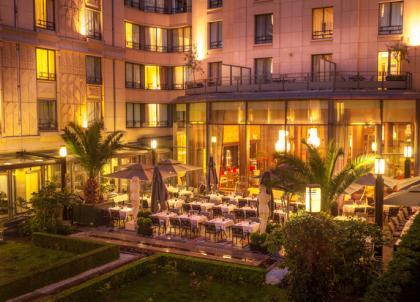 L'Hôtel du Collectionneur ouvre ses terrasses estivales à deux pas du Parc Monceau