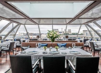 David Bizet, chef doublement étoilé, prend les rênes des cuisines du Peninsula Paris