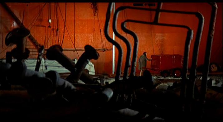 Image extraite du film Désert Rouge (Il Deserto Rosso) de Michelangelo Antonioni