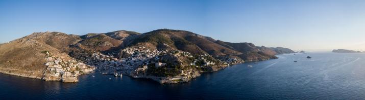 Panorama d'Hydra, Grèce © YONDER.fr
