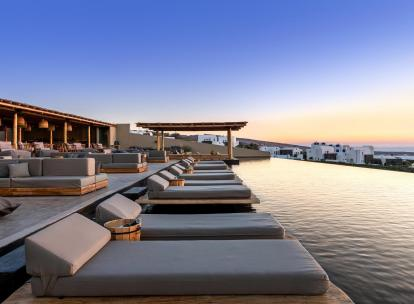 À l'Andronis Arcadia, le plus beau coucher de soleil de Santorin