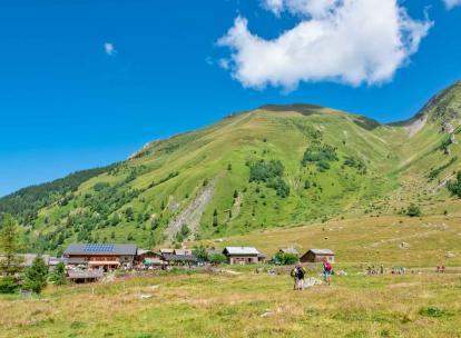 À Saint-Gervais-Mont-Blanc, le Tour du Val Montjoie : une randonnée exceptionnelle à découvrir cet été