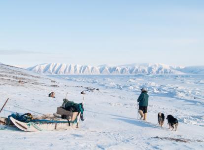 Qaanaaq ou la nouvelle Thulé : chez les Inughuit du Nord-Groenland