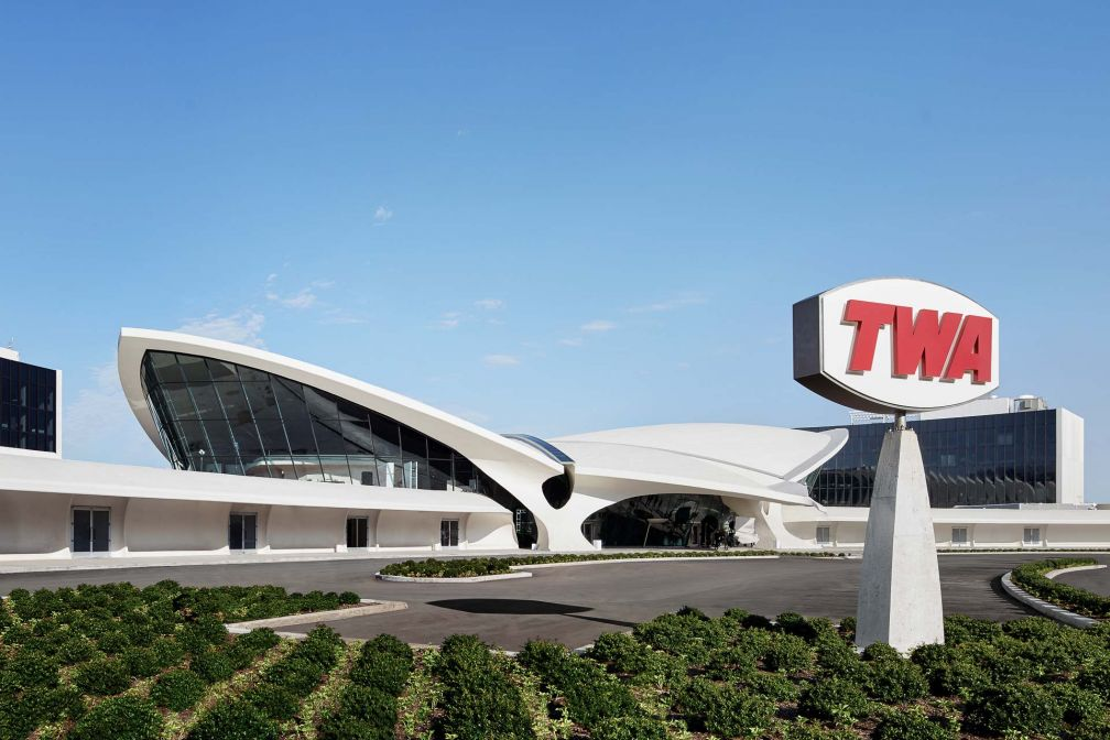Le TWA Hotel a ouvert le 15 mai 2019 dans l'ancien TWA Flight Center, classé National Historic Landmark © DR