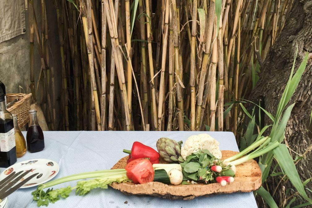 Au Club 55, les légumes du potager bio de Patrice de Colmont, le maître des lieux  © Yonder.fr