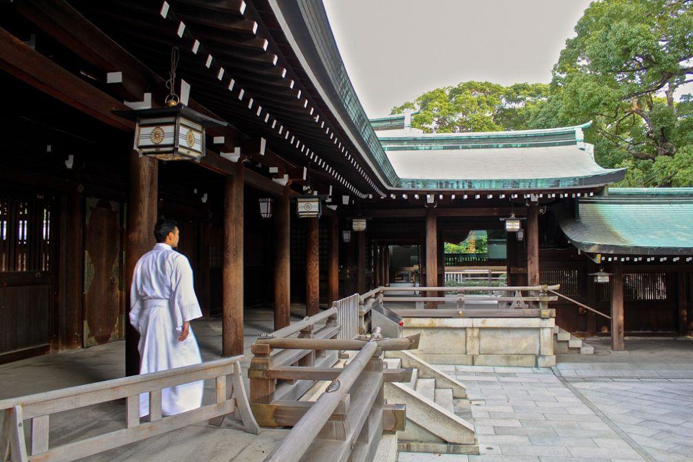 Jeune moine dans le sanctuaire Meiji à Tokyo | © Aurélie Morin