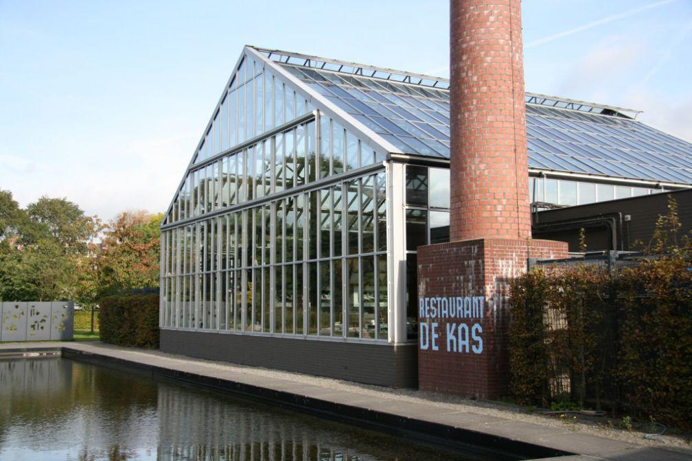 Le restaurant De Kas, installé dans une serre : l'une des adresses les plus cools de la nouvelle scène gastronomique amstellodamoise | © De Kas