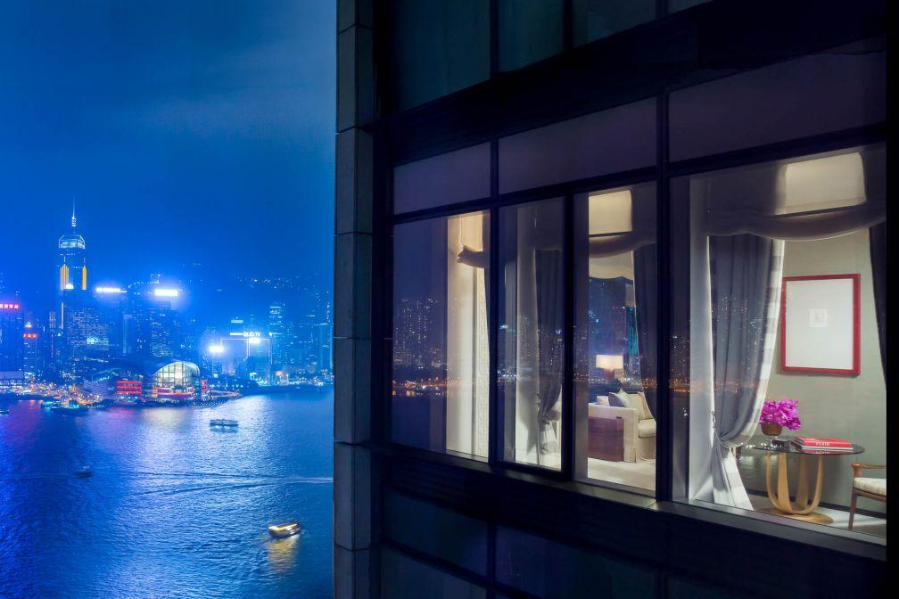 À chaque étage, une suite Grand Harbour Corner Suite de 123 m² offre des vues panoramiques époustouflantes sur le port.