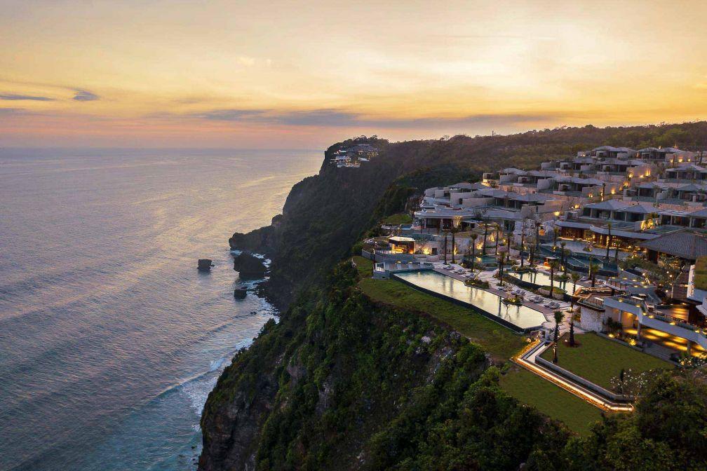 La beauté de la nature et la sensation d'isolement font de ce resort l'endroit idéal où se retirer pour des vacances calmes et sereines.