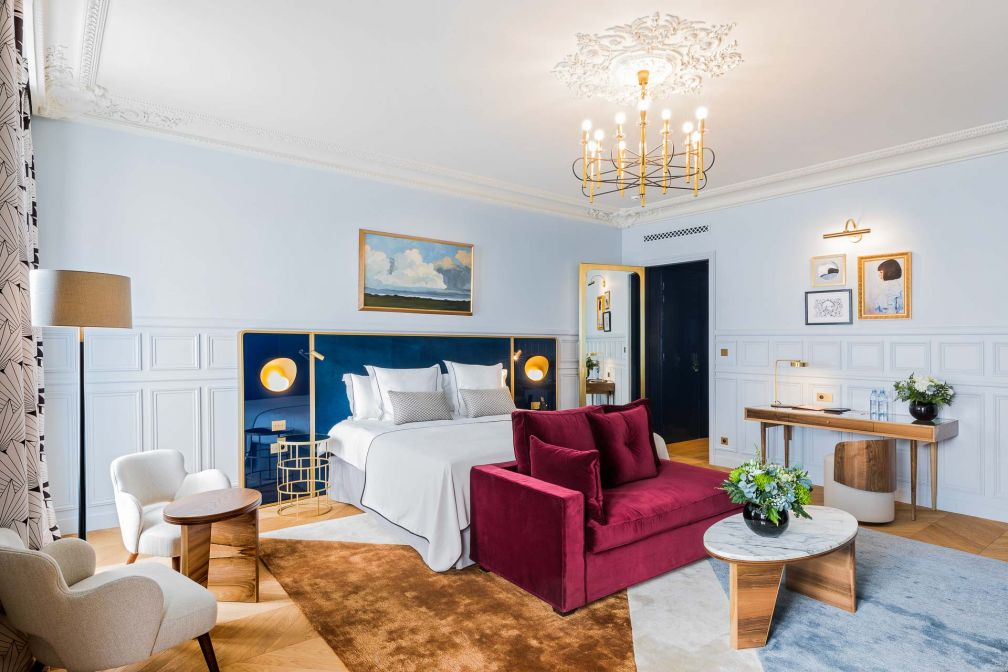 Atmosphère cosy dans chacune des 50 chambres et suites de l'hôtel Grand Powers © Romain Ricard