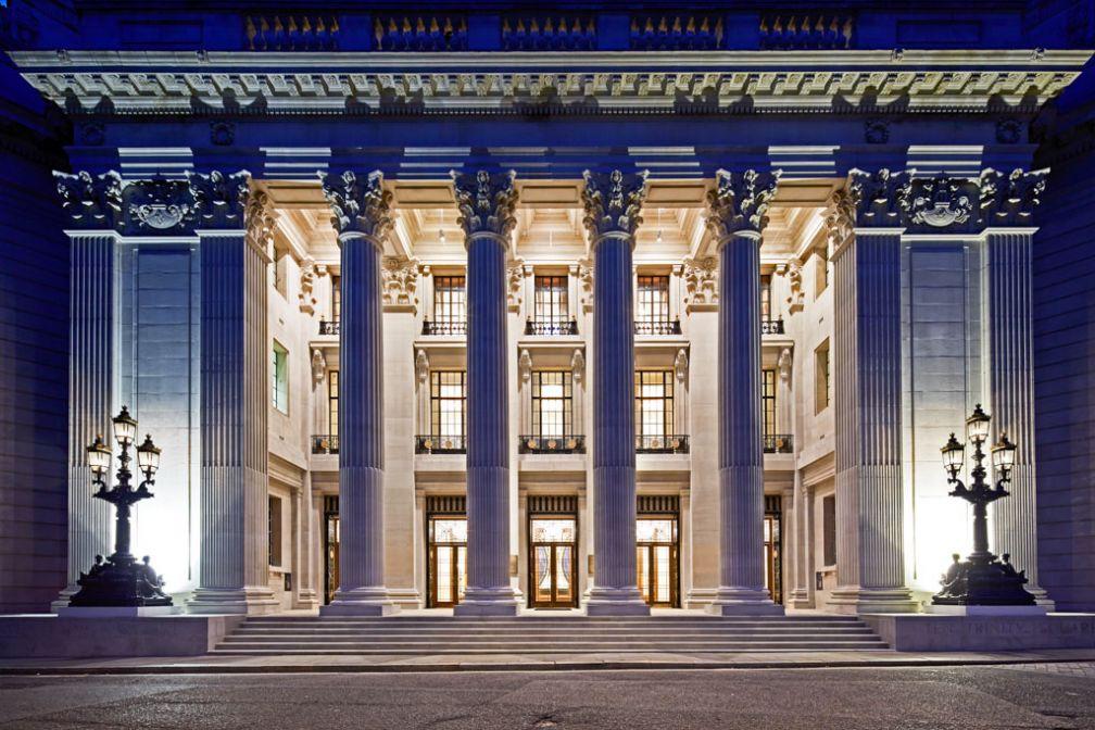 Four Seasons Hotel at Ten Trinity Square, le second Four Seasons londonien, ouvrira dans la capitale britannique le 26 janvier 2017. © Four Seasons Hotels
