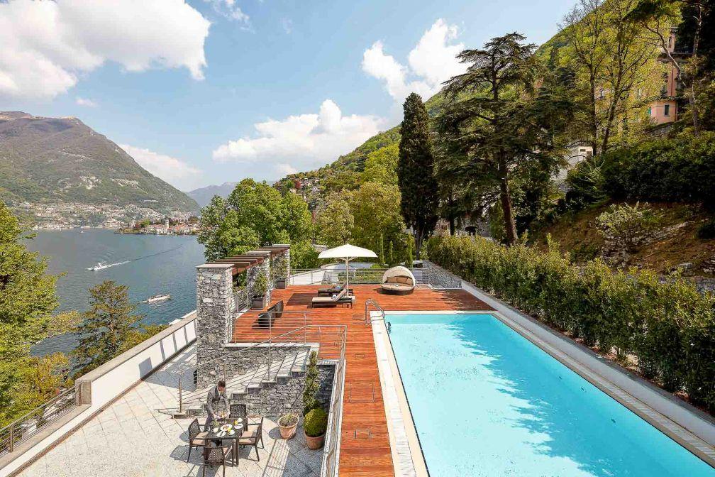 Terrasse avec piscine privée de la suite présidentielle © DR