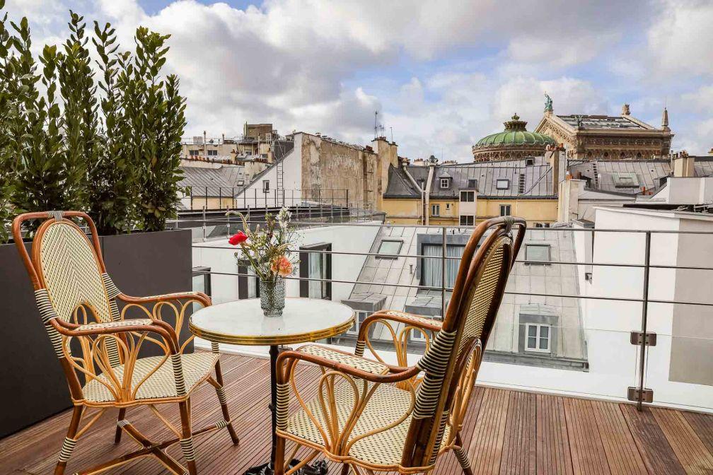 La Suite Opéra et sa terrasse avec vue sur l'Opéra Garnier © Meero