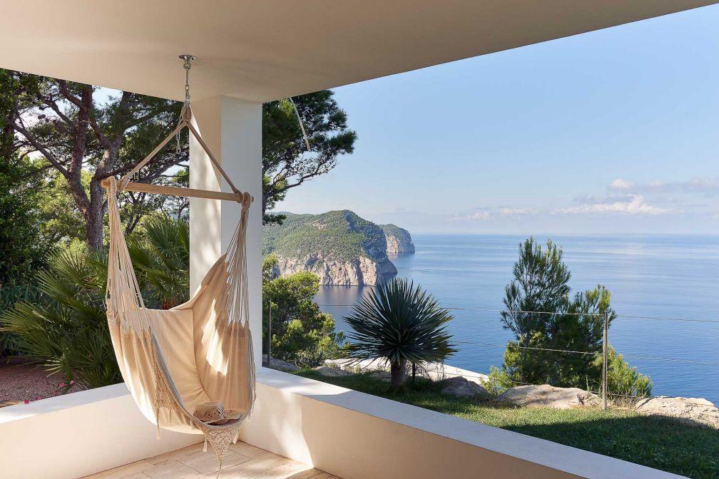 La vue depuis la Villa Blue, au nord d'Ibiza, est parmi les plus spectaculaires de l'île © DR
