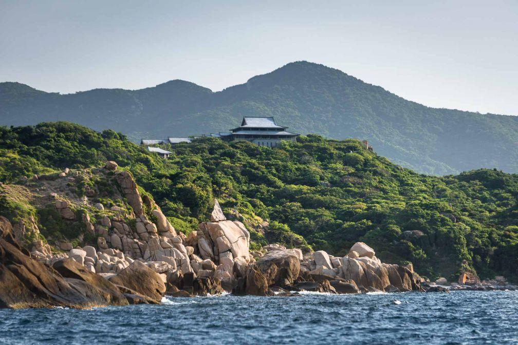 Ouvert en septembre 2013, Amanoi s'étend sur 42 hectares de domaine le long de la côte vietnamienne © Aman