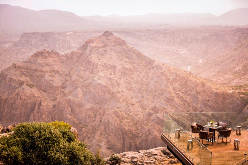L'Anantara Al Jabal Al Akhdar est perché dans le massif éponyme du Sultanat d'Oman. Les paysages y sont grandioses © Anantara Hotels & Resorts