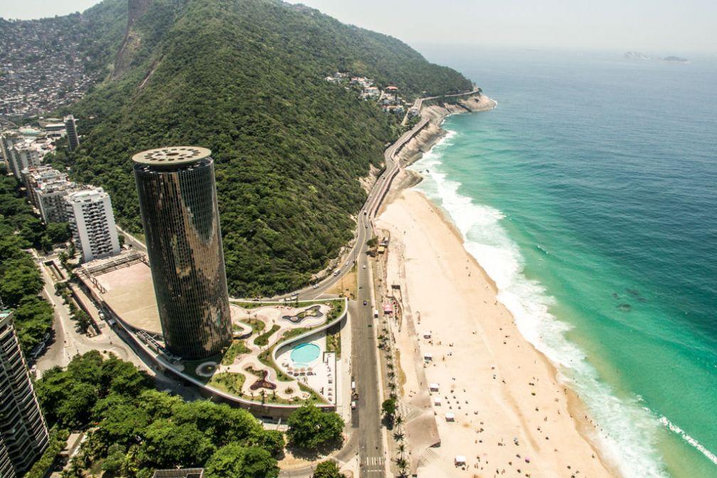 Vue aérienne du Gran Meliá Nacional Rio, face à la baie de São Conrado © Gran Meliá