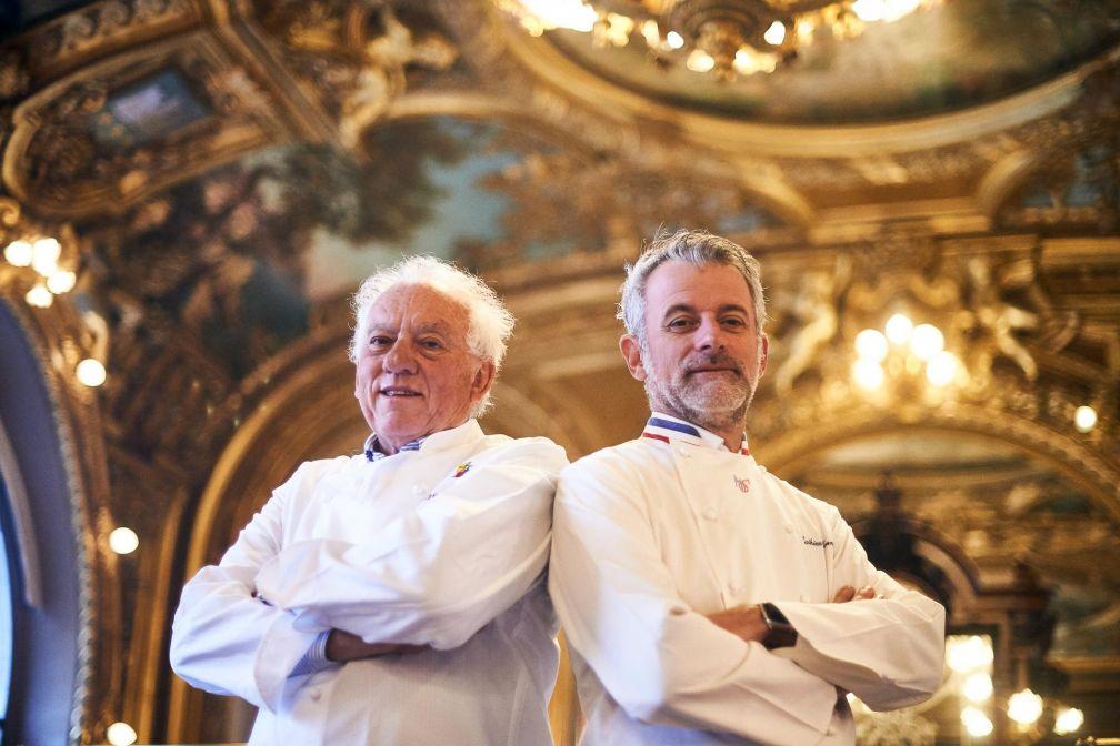 Mathieu Viannay (à droite) est le premier invité de marque de Michel Rostang au Train Bleu © Pierre Lucet Penato