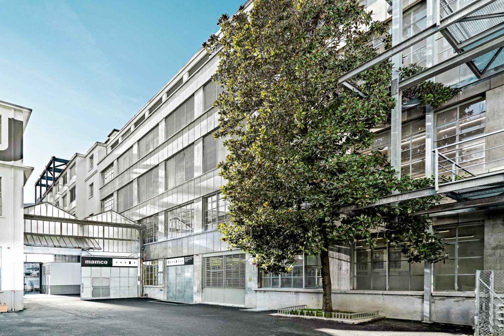 Le Musée d'Art Moderne et Contemporain (MAMCO) est un incontournable du Quartier des bains à Genève © MAMCO Genève