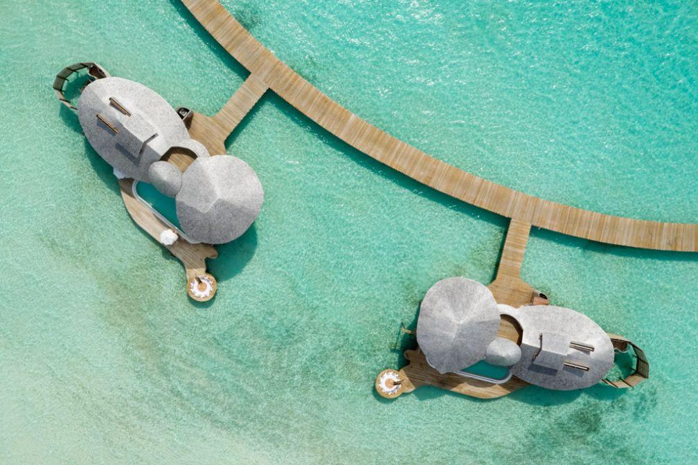 Splendide vue aérienne des villas du Soneva Jani aux Maldives © Soneva Jani