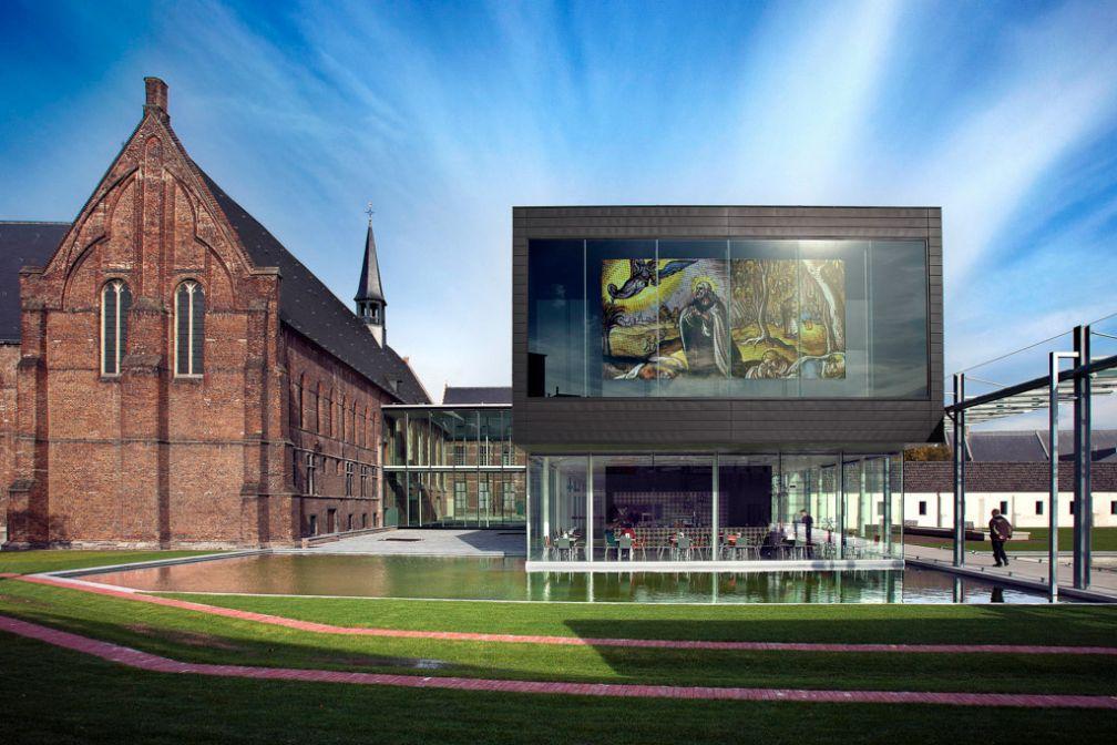 Le STAM, musée d'histoire de la ville, symbolise le contraste de Gand, entre histoire et modernité © Visit Gent