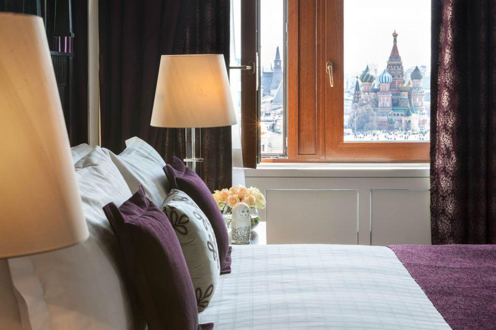 Les suites de prestige du Four Seasons Hotel Moscou offrent des vues sur la Place Rouge © Four Seasons