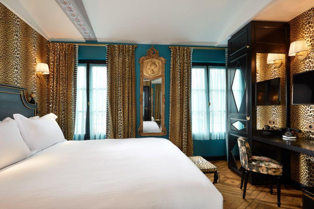 À l'intérieur d'une chambre L'Incroyable au JoBo, nouveau boutique-hôtel parisien dans le Marais © David Grimbert