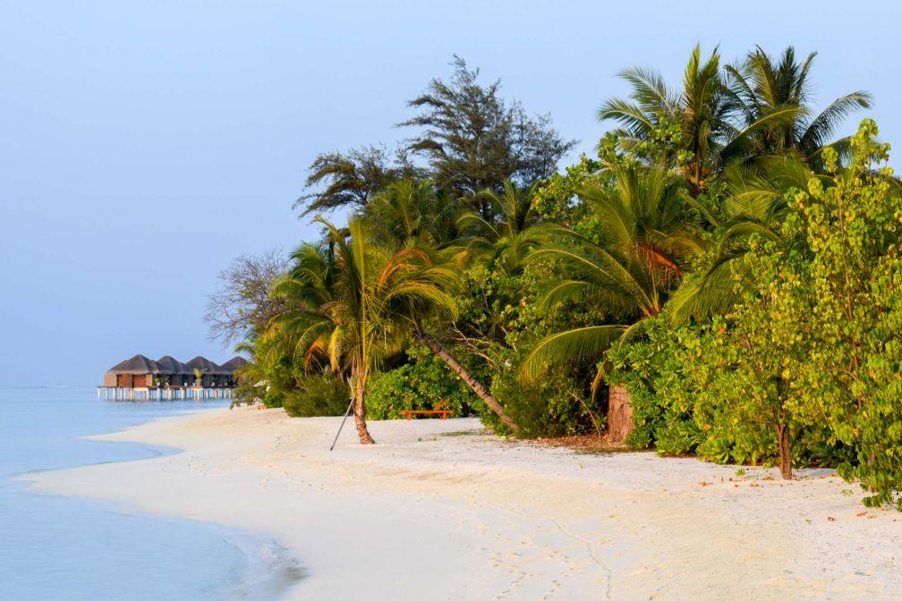 Lever de soleil sur le LUX* South Ari Atoll aux Maldives © YONDER.fr