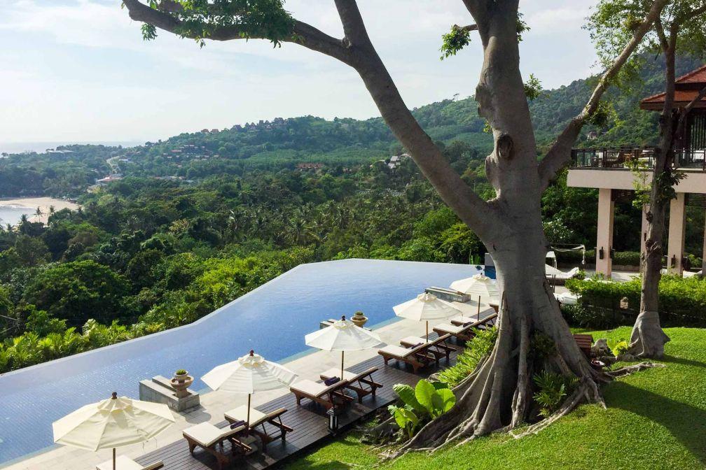 La piscine panoramique, une des plus belles du pays avec vue sur la jungle environnante © Constance Lugger
