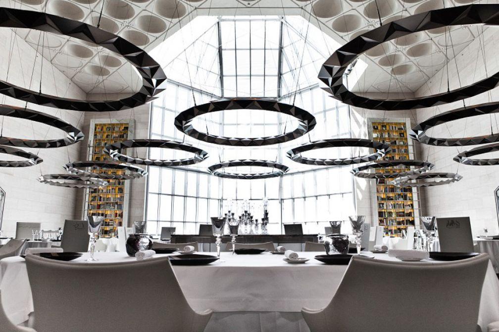 La splendide salle à manger d'IDAM, le restaurant gastronomique du Musée d'art islamique signé Alain Ducasse © Pierre Monetta