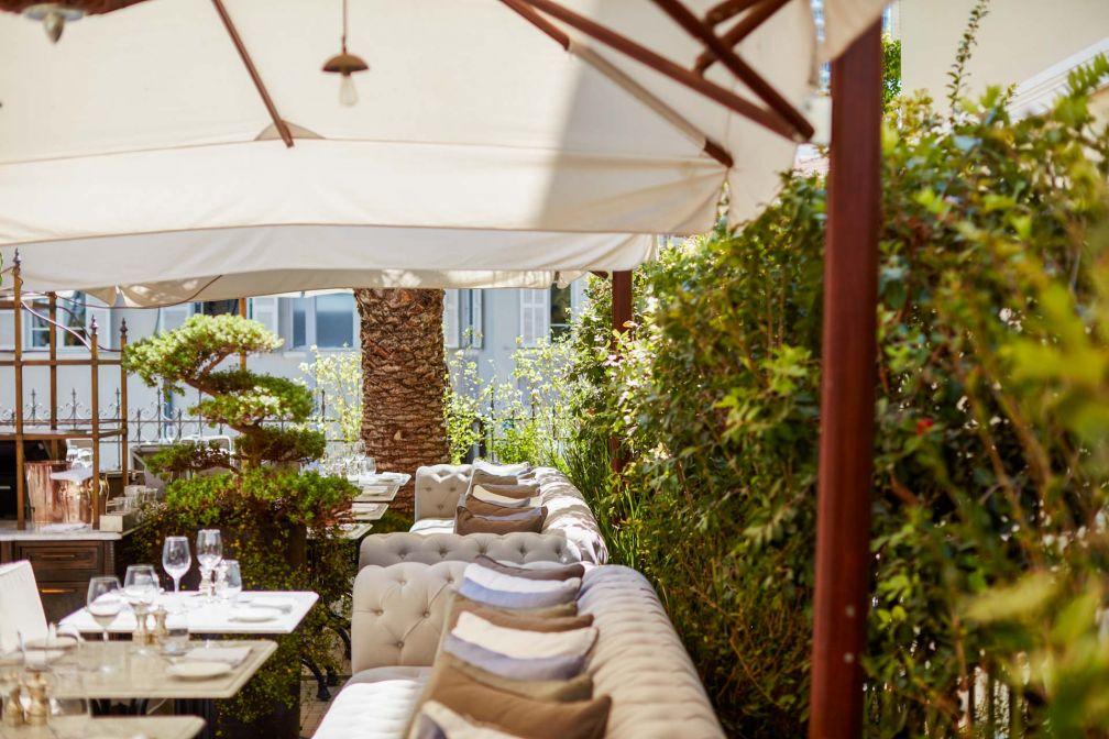 La terrasse de The Norman est l'une des plus agréables des alentours du Boulevard Rothschild © The Norman