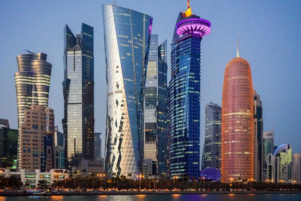 La célèbre skyline de Doha, peu après le coucher du soleil © YONDER.fr
