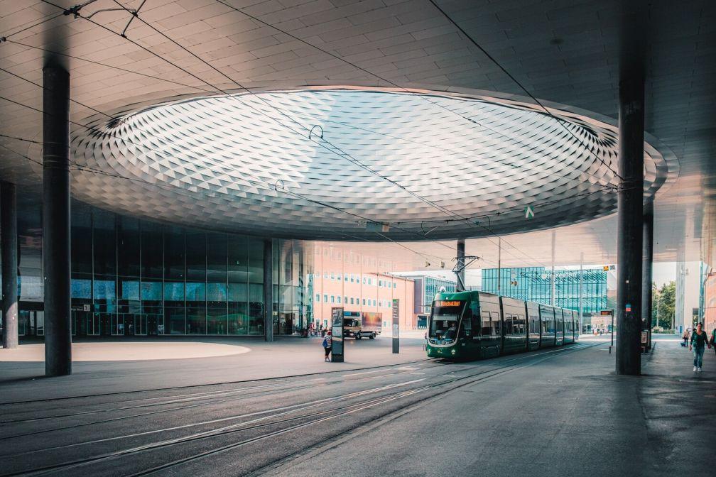 La Messeplatz où se déroule chaque année la foire Art Basel, par Herzog & de Meuron. © Basel Tourismus.