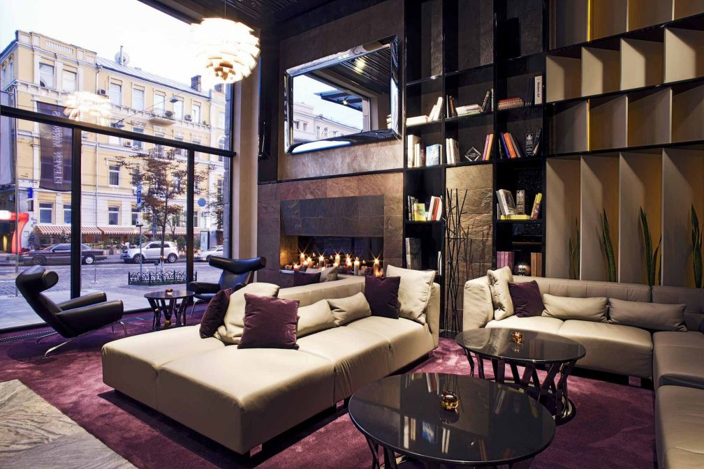 Un lobby au décor léché attend les voyageurs au moment de leur check-in © 11 Mirrors