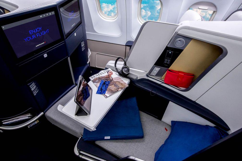 Vue  d'un siège (position allongée) en classe Business © DR