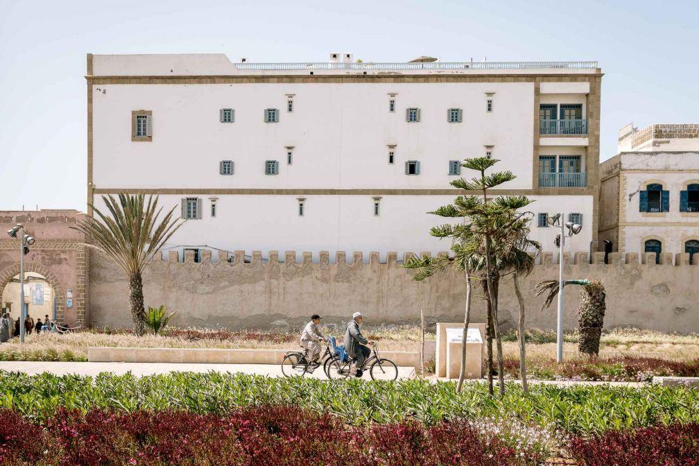 L'Heure Bleue Palais jouxte la muraille de la médina d'Essaouira, à côté de la porte de Marrakech © DR