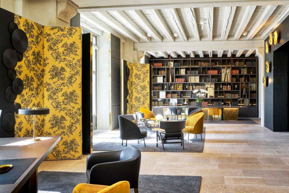 Le décor de la réception illustre le concept « monacal et précieux » imaginé par Jean-Philippe Nuel © Eric Cuvillier