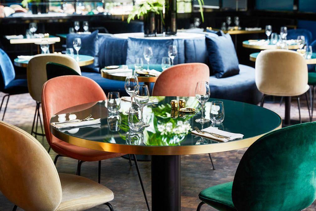 on a test le roch restaurant au c ur du nouvel h tel de sarah lavoine paris 1er. Black Bedroom Furniture Sets. Home Design Ideas